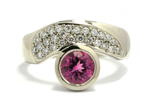 bague tourmaline rose et diamants
